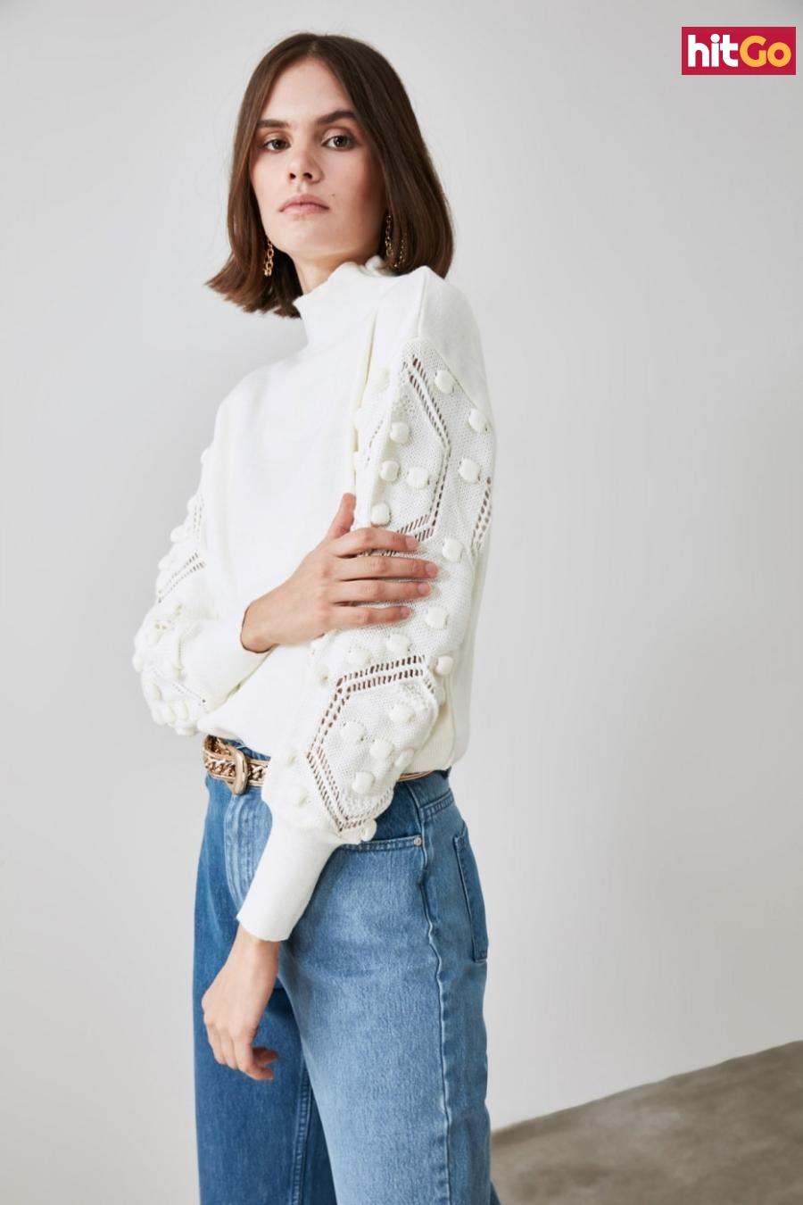 Trendyol Ekru Arm Pompom Detailed Knitwear Sweater dámské Ecru L