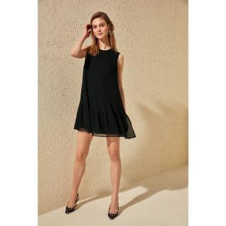 Dámské šaty Trendyol Disciple Pyreper dámské Black 36