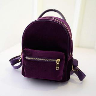 Dámský sametový batoh Barva: tmavě fialová