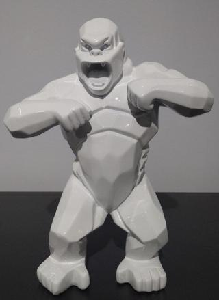 Dekorativní socha gorily Barva: bílá