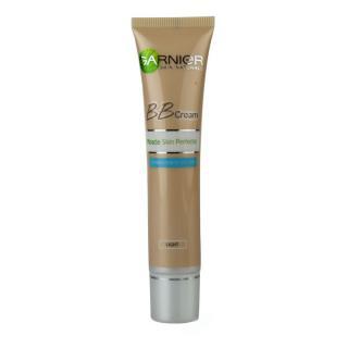 Garnier Miracle Skin Perfector BB krém pro mastnou a smíšenou pleť odstín Light Skin 40 ml dámské 40 ml