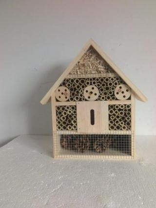 Huhubamboo Dřevěný dům pro hmyz