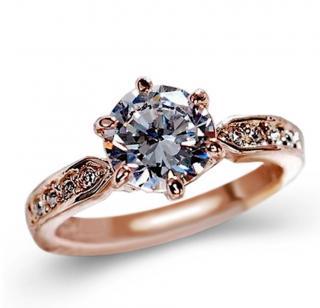 Luxusní dámský prsten se zirkonem Barva: zlatá, Velikost: 5,5
