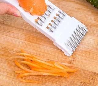 Mini struhadlo se škrabkou