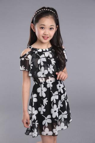Moderní dívčí šaty s květinovým vzorem - 2 barvy Barva: černá, Velikost: 3