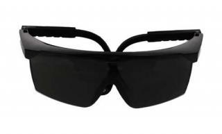 Plastové sluneční brýle č.2 - černé