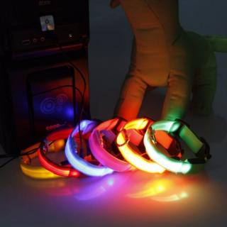 Reedog USB svíticí obojek pro psy a kočky NEW - žlutá  40 - 48 cm
