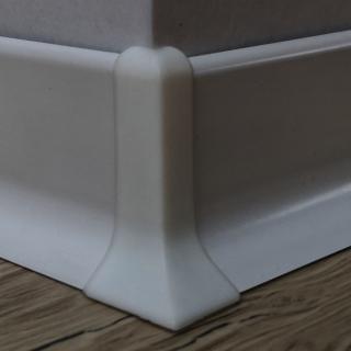Roh k soklu vnější PVC bílá, výška 40 mm, SKPVCVNER4BI bílá bílá