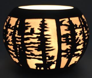 Svícen elegance les, kulatý