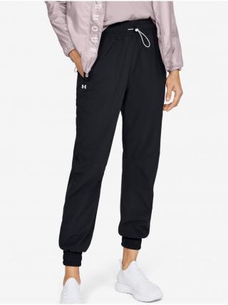 Tepláky Under Armour Recover Woven Pants - černá dámské XS