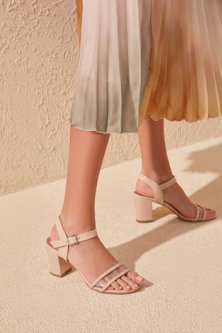 Trendyol Beige Transparent Detailed Womens Classic Heels dámské 39