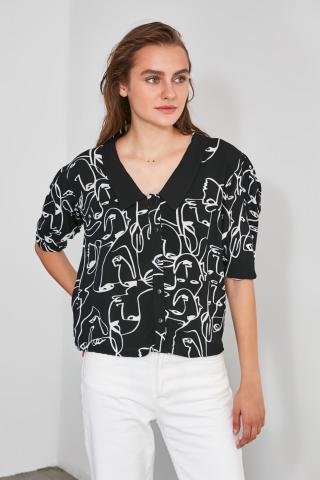 Trendyol Black Collar Detailed Shirt dámské 34
