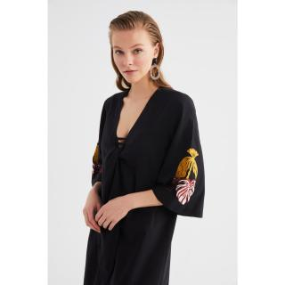 Trendyol Black Embroidery Detailed Kimono & Kaftan dámské 34