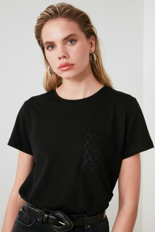 Trendyol Black Pocket Detailed Basic Knitted T-Shirt dámské XS