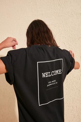 Trendyol Black Printed Boyfriend Knitted T-Shirt dámské XS
