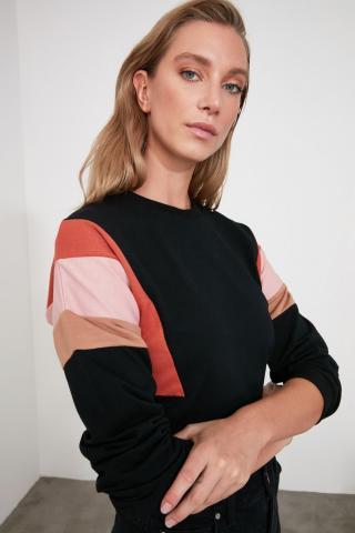 Trendyol Black Sleeves Color Block Knitted Sweatshirt dámské S