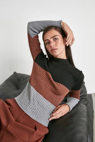 Trendyol Black Suppository Knitwear Sweater dámské S