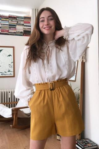 Trendyol Camel Striped Shorts & Bermuda dámské 38