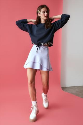 Trendyol Crop Knitted Sweatshirt with Navy Printed Hood dámské XS