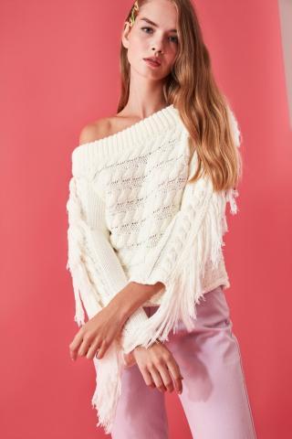 Trendyol Ekru Hair Braided Tassel Detailed Knit Sweater dámské Ecru S