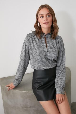 Trendyol Grey Upright Collar Knitted Blouse dámské XS