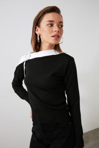 Trendyol Knitwear Sweater with Black Shoulder Lace DetailING dámské M