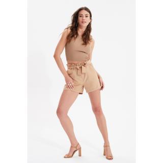 Trendyol Mink Button Detailed Shorts & Bermuda dámské 36