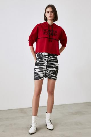 Trendyol Red Printed Basic Knitted Sweatshirt dámské S