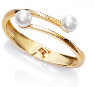 Viceroy Elegantní pozlacený náramek s perlami Chic 3216P09012 dámské