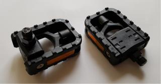Vp pedály F55 plast sklápěcí pro skládací kola9/16