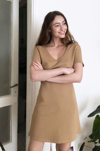 Womens dress Trendyol Basic dámské Camel XS