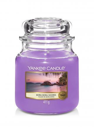 Yankee Candle vonná svíčka Bora Bora Shores Classic střední fialová