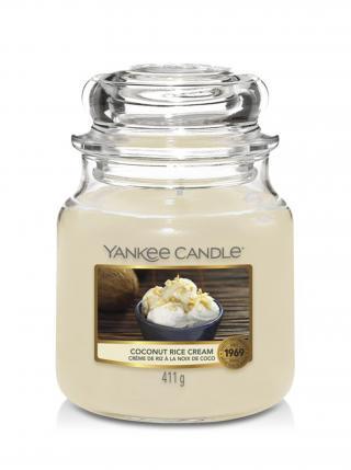 Yankee Candle vonná svíčka Coconut Rice Cream Classic střední béžová